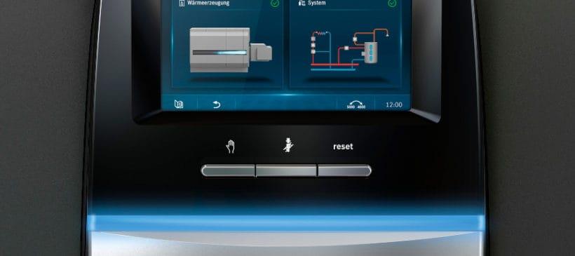 Komfortowa obsługa kompleksowych systemów grzewczych – nowy modułowy system sterowania Buderus Logamatic 5000